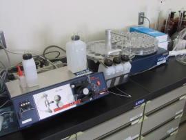 窒素測定機